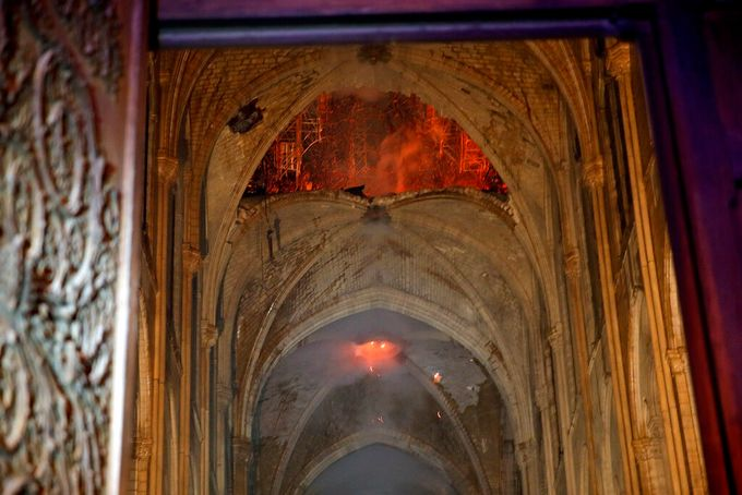 The Notre Dame Fire An Attempted Explanation Humanitiesattic